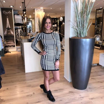 LaNorsa stretch block dress long