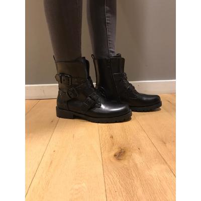 LaNorsa black boots