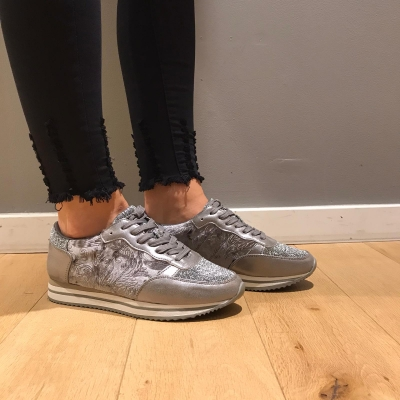 LaNorsa grey sneakers