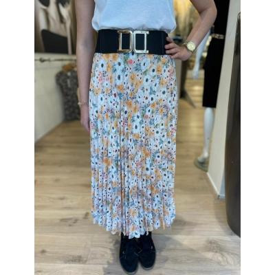 LaNorsa multi flower skirt